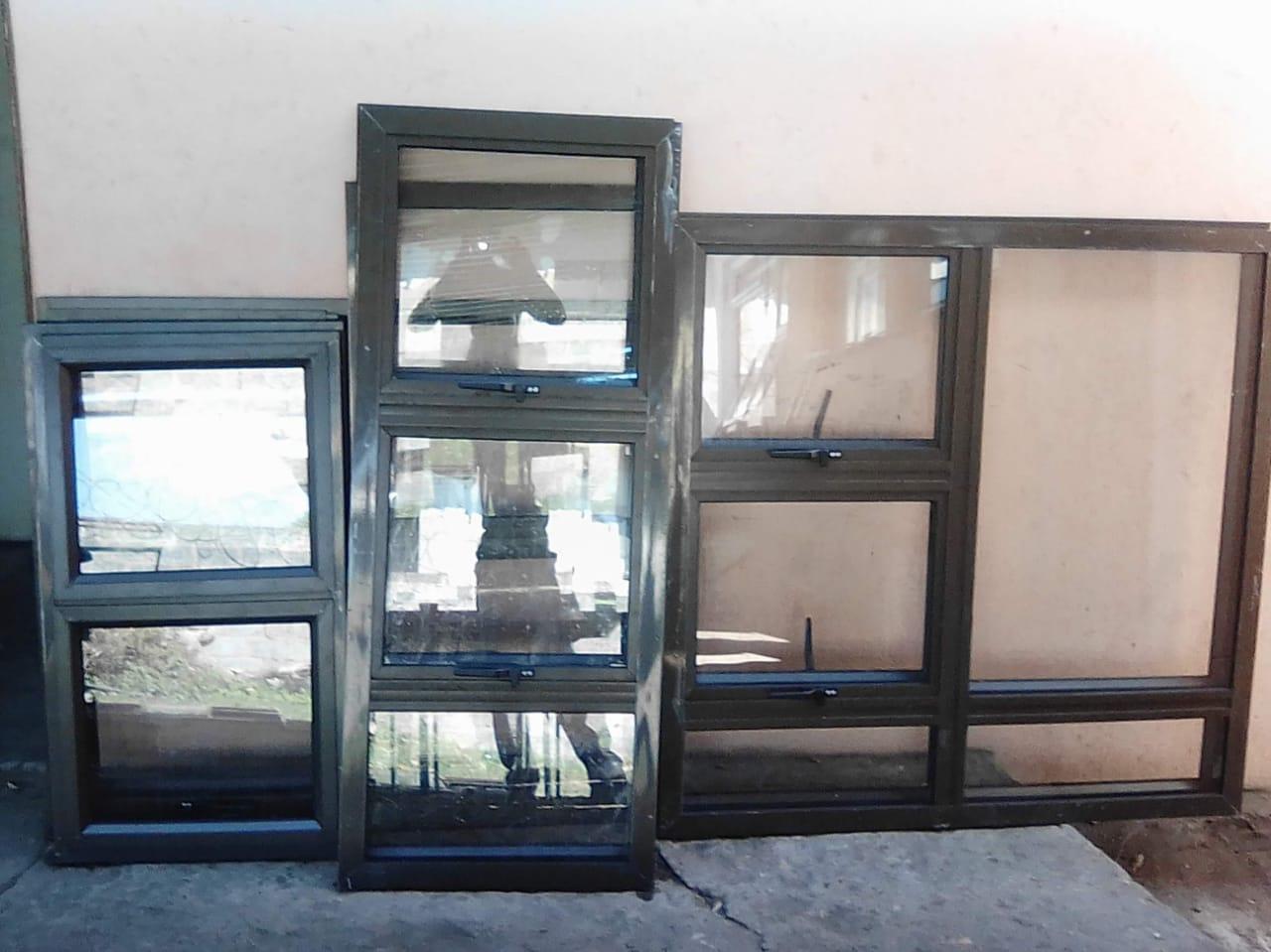 Window-09